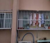 아파트 돌출 방범창 설치